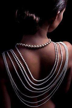 Back draped pearls! Love!