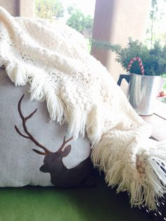 A soft cream throw, perfect for a chilly #Arizona evening. #thrift #decor #home