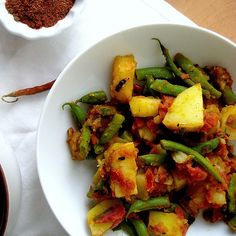 Ethiopian Lentil Stew (Misr Wot) and Ethiopian Green Beans and Potatoes (Yataklete Kilkil) from Eats Well With Others
