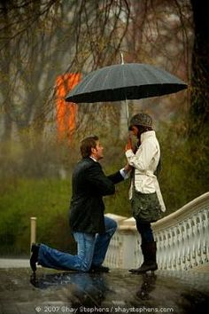 A marriage proposal in the rain. perfect for a girl who loves dancing in rain. Romantic Proposal, Romantic Photos, Romantic Ideas, Perfect Proposal, Proposal Ideas, Proposal Pictures, Surprise Proposal, Romantic Moments, Interracial Couples
