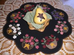 Baskets and flowers - a Primitive Gatherings pattern