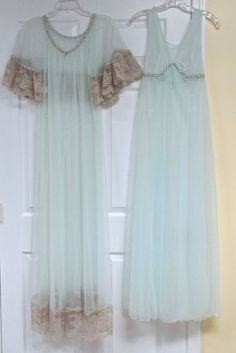 Vintage Jenelle of Calif Double Nylon Peignoir Nightgown Robe Set Sz Med XL 1x  FOR SALE !! contact me at mailto:sjcintn@gm... BEST PRICES , ANYWHERE !!! #153