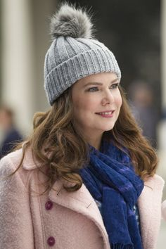Gilmore Girls - Hat. What about a wool / angora yarn blend pompom?