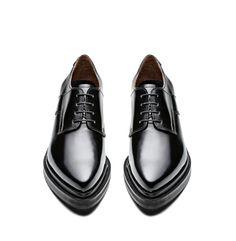 e97940c2e143 114 meilleures images du tableau SOULIERS   Fashion shoes, Male ...