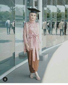 23 Ideas Party Outfit Ideas House For 2019 Model Kebaya Muslim, Kebaya Modern Hijab, Dress Brokat Modern, Kebaya Hijab, Batik Kebaya, Kebaya Dress, Model Kebaya Brokat Modern, Batik Dress, Hijab Dress Party