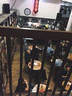 咖啡店,第一印象就是一个很舒服的地方,能够和朋友一起聊天/一起玩,或者是当你自己一个人的时候也是很不错的,能够沉淀自己的心情或者是享受当下的环境。总之,咖啡厅就是一个很舒服很 Chill 的地方对吧?这个是小编个人认为,不知道你们意识和小编一样吗?现在,小编发觉在国外,一些比较小的地方也是能够用来当做咖啡厅的就好像是一个很小的空间就能够装修成为一间咖啡厅,而这些 mini…