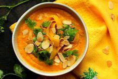 Zupa krem marchewkowa. Zupa krem z marchewki. Zupa marchewkowa. Krem z pieczonej marchewki. Marchew przepisy. Pieczona marchew. Zupa na jesień. Marchewkowa. Thai Red Curry, Nutrition, Ethnic Recipes, Food, Essen, Meals, Yemek, Eten