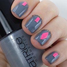 Grey and Studs - Leonie's Nailart