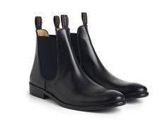 Introducing the perfect social boot. Fairfax & Favor mens Chelsea now available in leather.  #Leather #Chelsea #FairfaxandFavor #Mens #Boot #Shoe  http://www.fairfaxandfavor.com/collections/the-chelseas/products/the-chelsea-full-grain-leather-black
