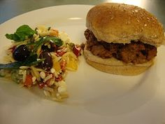 A Busy Mom's Slow Cooker Adventures: Sloppy Joes - very easy and good Slow Cooker Sausage Recipes, Crock Pot Slow Cooker, Crock Pot Cooking, Crockpot Recipes, Slow Cooker Sloppy Joes, Tasty, Stuffed Peppers, Ethnic Recipes, Dinners