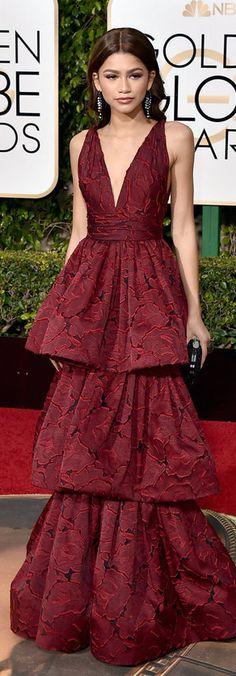 Zendaya in Marchesa l Golden Globe Awards 2016