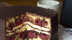 Doppeldeckende Donauwellen Torte Donauwellentorte – a dream, it could not be better! Sweet Recipes, Cake Recipes, Dessert Recipes, No Bake Desserts, Just Desserts, Cake Cookies, Cupcake Cakes, Torte Au Chocolat, German Baking