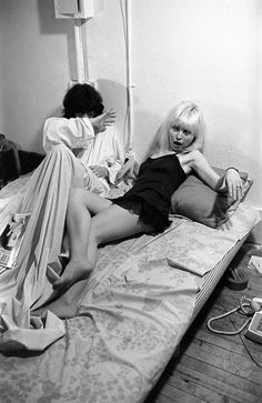 Joey Ramone and Debbie Harry pose in for a photo shoot by Punk Magazine in the late 1970s.