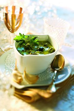 5 Tips to Improve Your Cooking Skills Easy Soup Recipes, Great Recipes, Healthy Recipes, Dishes Recipes, Fun Cooking, Cooking Tips, Cooking Recipes, Cooking Chef, Cuisine Diverse