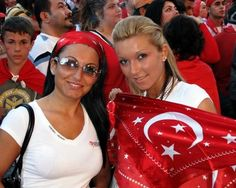Duo Turkish Girls Supporting F1 Team