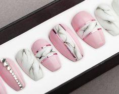 White Marble Press on Nails Fake Nails False Nails Glue On Nails Bianco Carrara Handpainted Nail Art Stiletto Nails, Coffin Nails, Acrylic Nails, Cute Nails, Pretty Nails, My Nails, Natural Fake Nails, Painted Nail Art, Hand Painted