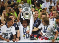 الاكثر مشاهدة على شبكة مصر  _    تقرير--5 عوامل ساهمت بفوز ريال مدريد بلقب دوري أبطال أوروبا --تفاصيل-http://bit.ly/1TGUSdu--ريال_مدريد كووورة