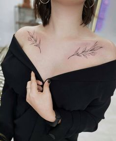 37 Small Delicate Tattoos For Women - - Everyone from celebrities to stylish women on social media are rocking delicate tattoos. See more ideas about small delicate Tattoos for women and Beautiful tattoos. Delicate Tattoos For Women, Tattoos For Women Half Sleeve, Meaningful Tattoos For Women, Elegant Tattoos, Feminine Tattoos, Pretty Tattoos, Tattoos For Women Small, Unique Tattoos, Small Tattoos