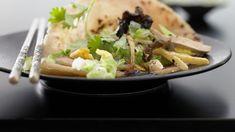 Es muss nicht immer Fleisch sein: Die raffinierten Küchlein lassen nichts vermissen Tofu Tacos, Hoisin Sauce, Wrap Recipes, Vegan Recipes, Mexican, Ethnic Recipes, Food, Tofu Recipes, Roasts