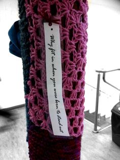 Our first knit bombing assignment around the school Stitches, Knitting, School, Crochet, Accessories, Collection, Fashion, Loreto, Crocheting