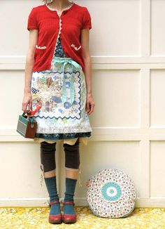 Love the Dresden plate apron and the cardigan and the red shoes and the....the whole thing