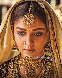 Actresses in Saree - Bollywood Actress and South Indian Actress in Saree South Indian Jewellery, Indian Jewellery Design, Indian Jewelry, Jewellery Designs, Tikka Jewelry, Saree Jewellery, Temple Jewellery, South Indian Actress, Beautiful Indian Actress