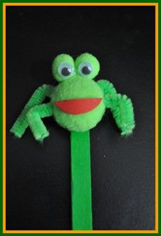 Our prince (while he is still a frog) in need of a kiss from a princess. www.easy-crafts-for-kids.com/easy-wood-crafts.html