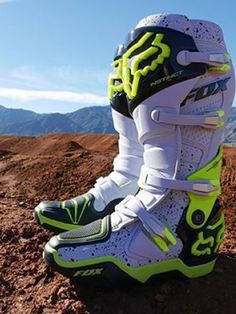Dirt bike boots motocross Ideas for 2019 Dirt Bike Riding Gear, Dirt Bike Boots, Mx Boots, Dirt Biking, Motorcycle Boots, Street Bike Helmets, Dirt Bike Helmets, Triumph Motorcycles, Fille Et Dirt Bike