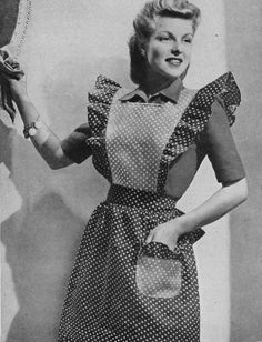Vintage Sewing Patterns - Wednesday Wish List - Vintage Gal frilly apron pattern Wednesday Wishes, Aprons Vintage, Vintage Purses, Vintage Hats, Vintage Housewife, Vintage Sewing Patterns, Apron Patterns, Sewing Ideas, Sewing Aprons