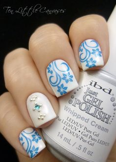Weekly Mani: The Shorties are Back | Ten Little Canvases