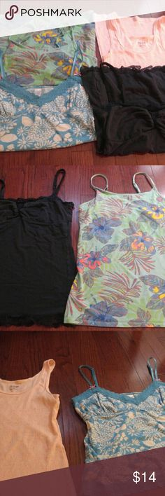 Size medium tank top bundle Tank tops from Mossimo, AE & Old Navy American Eagle Outfitters Tops Tank Tops
