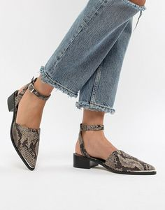 Shop ASOS DESIGN Mamba pointed flat shoes in snake. With a variety of delivery, payment and return options available, shopping with ASOS is easy and secure. Shop with ASOS today. Open Toe Shoes, Wedge Shoes, Shoes Heels, Flat Shoes Outfit, Me Too Shoes, Asos, Spring Shoes, Summer Shoes, Womens High Heels
