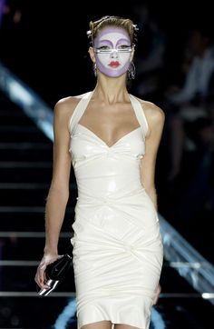 Christian Dior at Paris Fashion Week Fall 2003 - Runway Photos