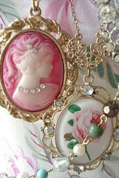 Vintage Shabby Chic And Pink Pendents Cameo Jewelry, Cameo Necklace, Antique Jewelry, Vintage Jewelry, Gold Jewellery, Rose Necklace, Pink Jewelry, Handmade Jewelry, Jewellery Designs