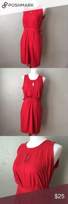 Banana Repulic Red Issa London Collection Dress Beautiful belted Banana Republic Issa London Collection red dress, size 6. Item is in excellent used condition with no known flaws! Please check out my other listings as I do offer a bundle discount, I love offers! Banana Republic Dresses Midi
