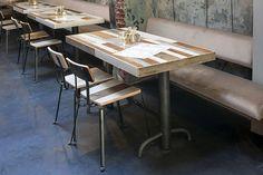 Посадочные места в кафе Bakkerswinkel в Роттердаме