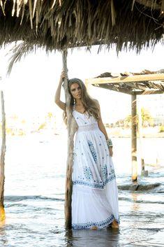 Sarayu Dress, vestido largo boho de ensueño. Hippy Chic, Boho Chic, Ibiza, Cover Up, Spring Summer, Dresses, Fashion, Hippie Dresses, Hand Embroidery
