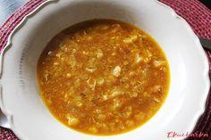 """Květáková polévka s mrkví: """"Výborná květáková polévka je ideální pro vegetariány ale i jako lehké jídlo na letní dny. Příprava nezabere čas a chutná skvěle. Vyzkoušejte náš jedn..."""" Ethnic Recipes, Food, Meals"""