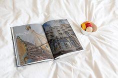 best-city-trip-photo-book-ever-oddities Best Cities, Photo Book, City, Cover, Books, Libros, Book, Cities, Book Illustrations