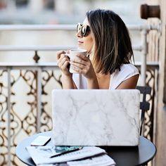Stephanie Sterjovski, coffee break