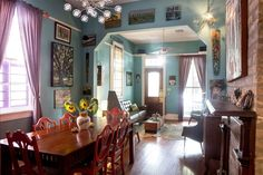 http://www.apartmenttherapy.com/brian-emilys-art-filled-new-orleans-home-221196?utm_source=RSS