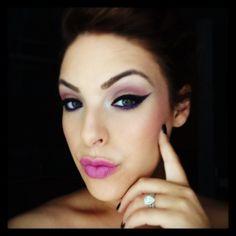 Purple passion #purpleeyeshadow #purple #wingedeyeliner #makeup @paperbagbeauty #engagementring