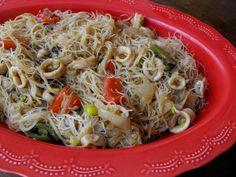 As receitas lá de casa: Massa de arroz com lulas