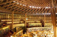 Akita's Nakajima Library: Beauty in Books | MATCHA - Japan Travel Web Magazine