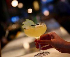 Στο Boss Exclusive Bar by Mare Marina γλύκανε ο καιρός γιαυτό και σας προτείνουμε να δοκιμάσετε τα υπέροχα γευστικά και δροσερά #cocktails μας!  Cheers   Mοναδικές απολαύσεις σε έναν χώρο υψηλής αισθητικής!  210 98 22 220...