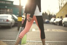 totally dying for these color-blocked wunder unders.