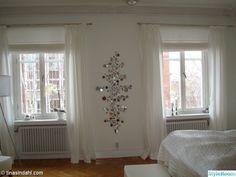 Det här var vårt första hem i Norrköping. En fantastisk hyreslägenhet! Allt gick i vitt men nu har vi flyttat och kommit på andra tankar :)  Titta gärna på våra nya album eller besök min blogg http://signedbytina.blogspot.com. . . . kakelugn sovrum. Mr Texas