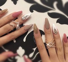 Shared by Princess. Find images and videos about nails, glitter and nail art on We Heart It - the app to get lost in what you love.