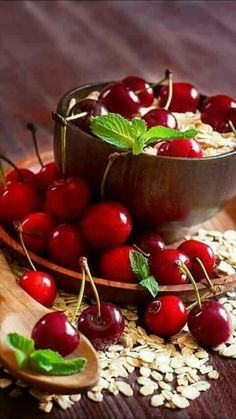 42 Trendy ideas for fruit pictures berries Fruit And Veg, Fruits And Vegetables, Fresh Fruit, Pickled Cherries, Sweet Cherries, Berry, Vegetable Pictures, Fruit Picture, Cherries Jubilee