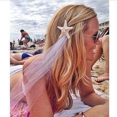 Party Veil Starfish Clip  by FancyThingsByNancy on Etsy @fancythingsbynancy